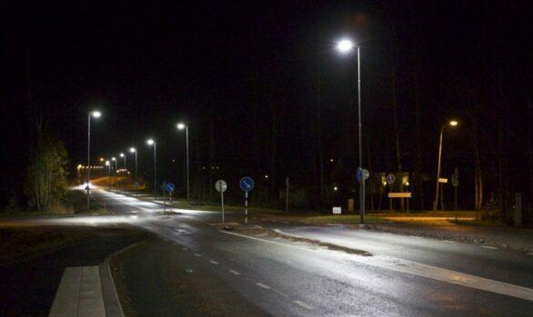 Smart LED-belysning på lokalgata