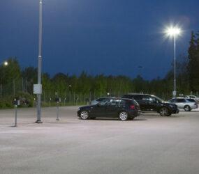 Energieffektiv belysning på parkeringen vid ICA's centralager